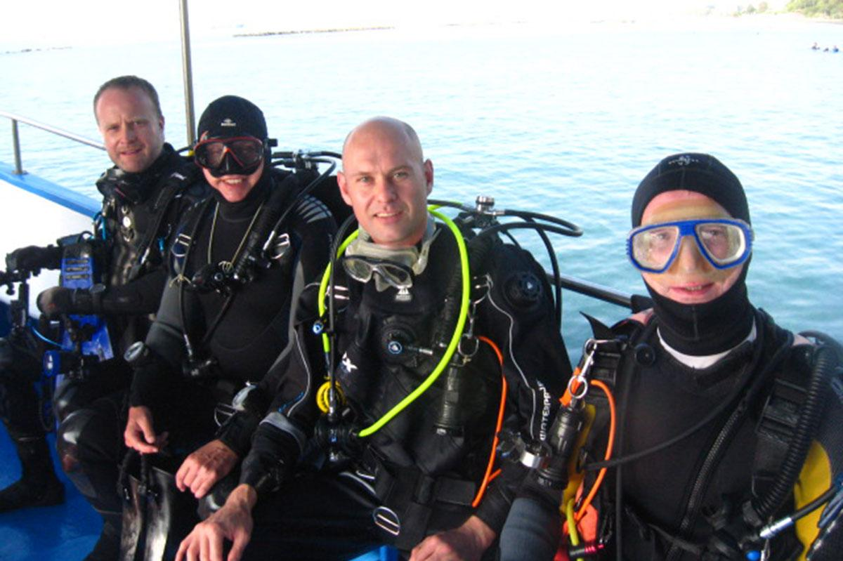 Divers on way to the Zenobia wreck