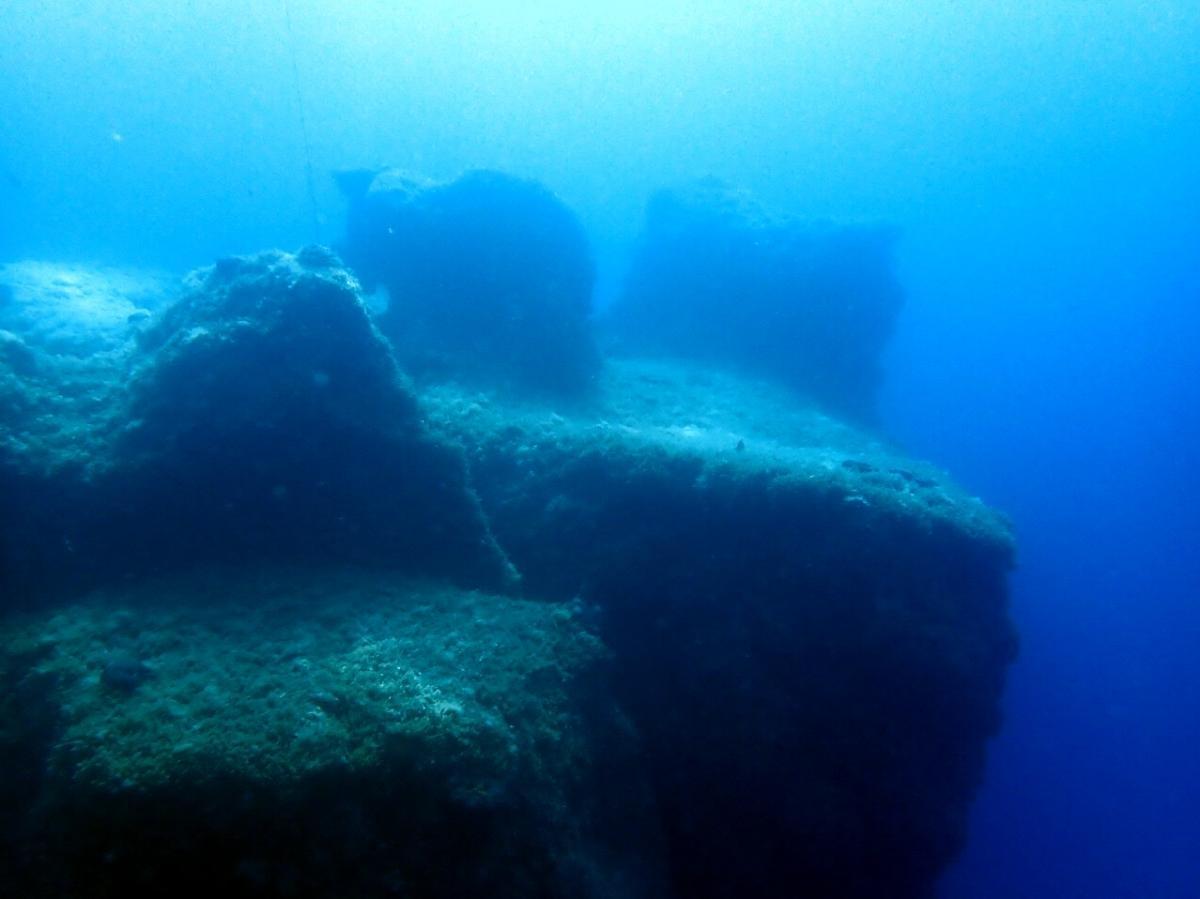 Jubilee Shoals reef pinnacle