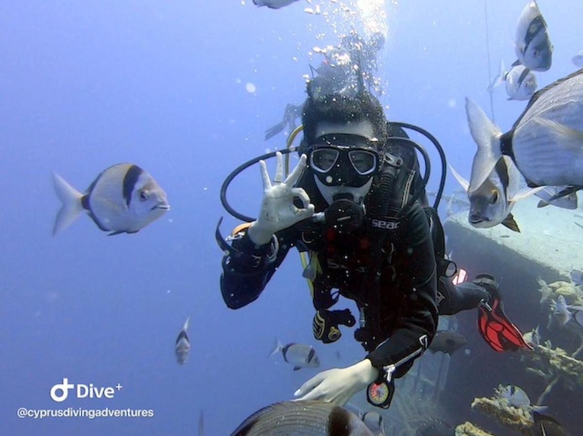 Divers on the Zenobia wreck