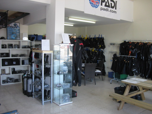 dive centre equipment
